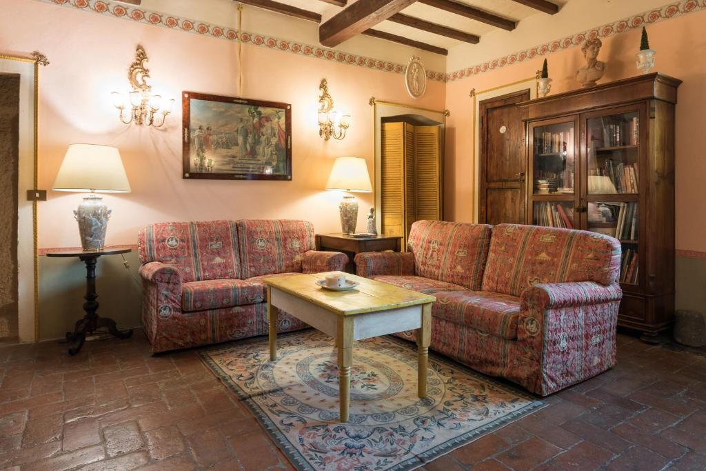 A seating area at Villa Lysis