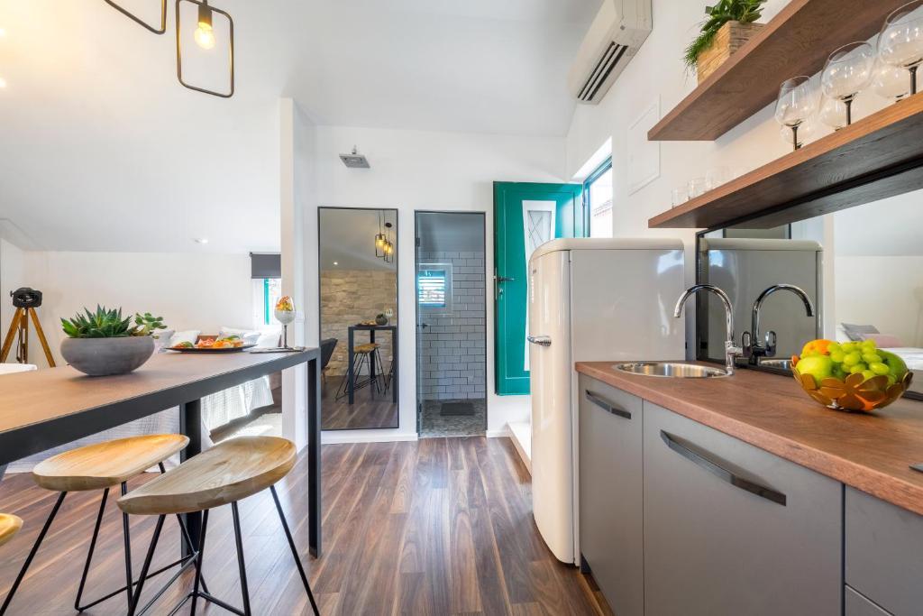 Kalavanda Apartment
