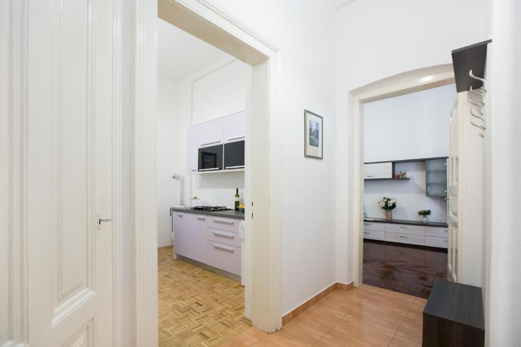 Jurisica 26 Apartment