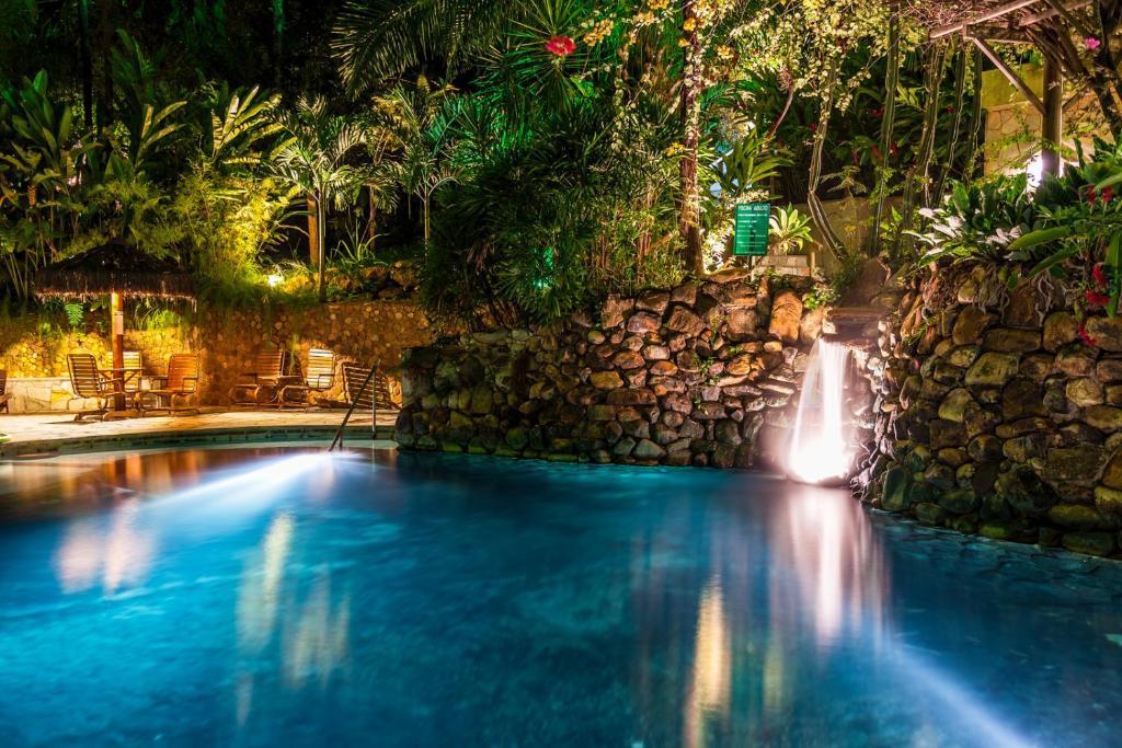 The swimming pool at or near Hotel Parque Das Primaveras