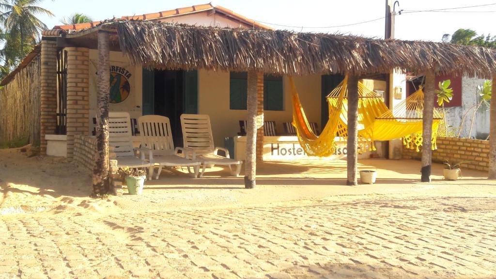 O lounge ou bar de EL Surfista Hostel-Pousada