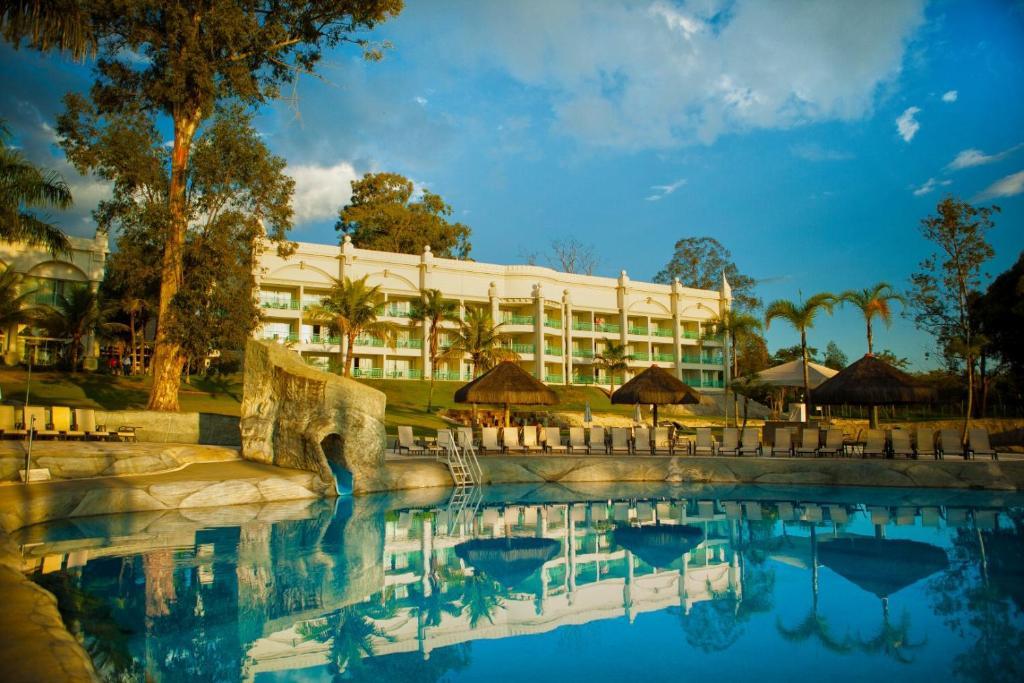 A piscina localizada em Mavsa Resort ou nos arredores