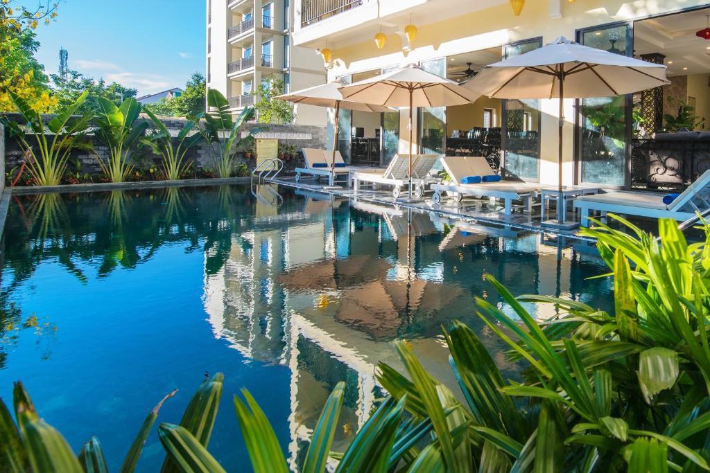 Hồ bơi trong/gần Hoi An Rose Garden Hotel