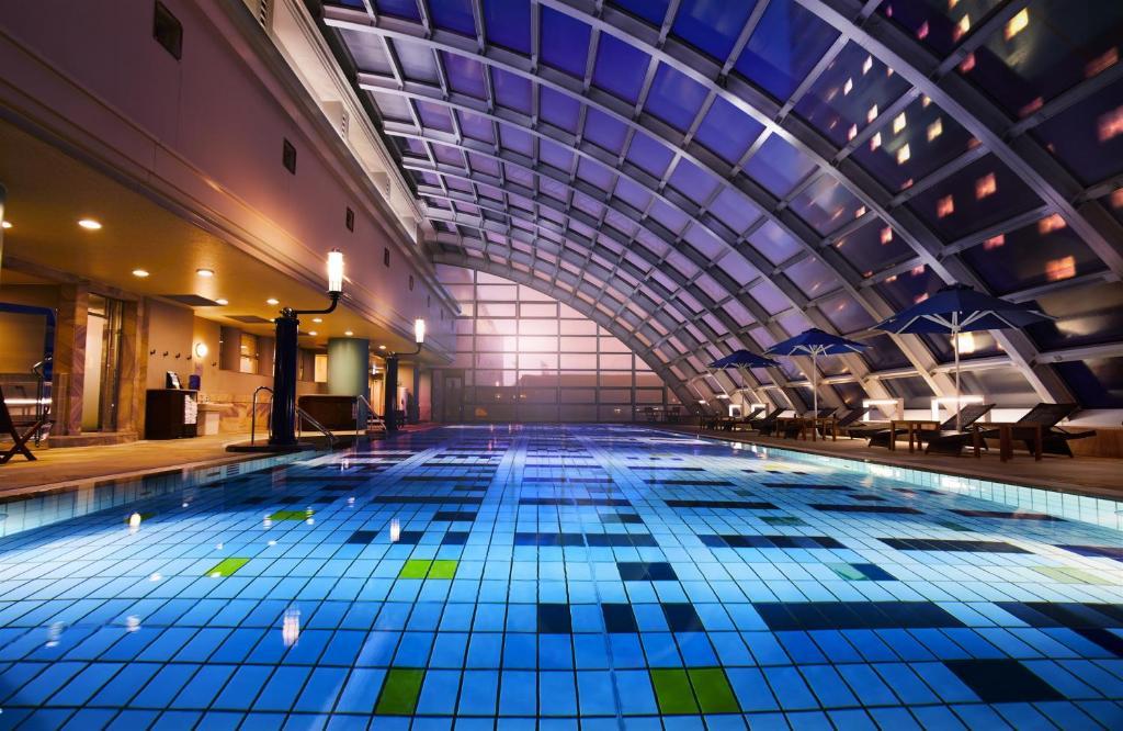 The swimming pool at or near Hotel New Otani Makuhari
