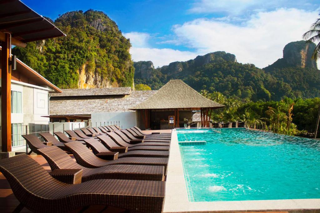The swimming pool at or near Railay Princess Resort & Spa