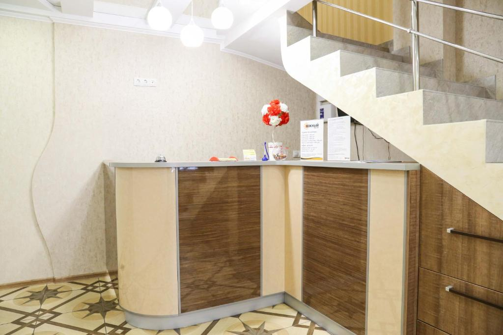 The lobby or reception area at Hostel Ujniy
