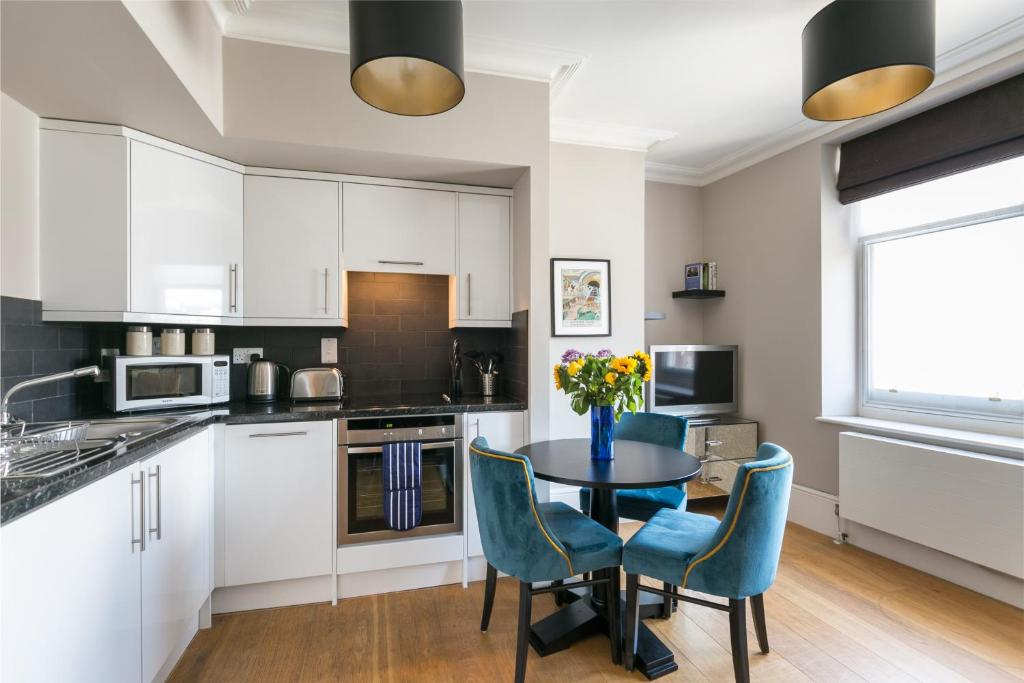 A kitchen or kitchenette at Native Covent Garden