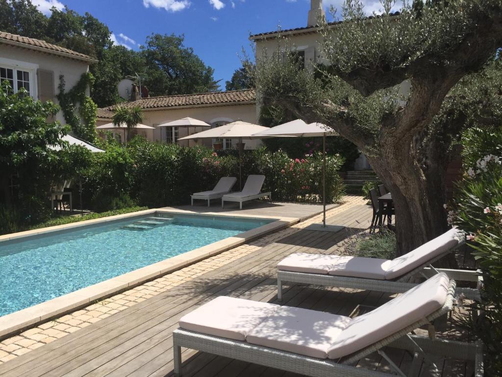 The swimming pool at or close to Villa La Begude