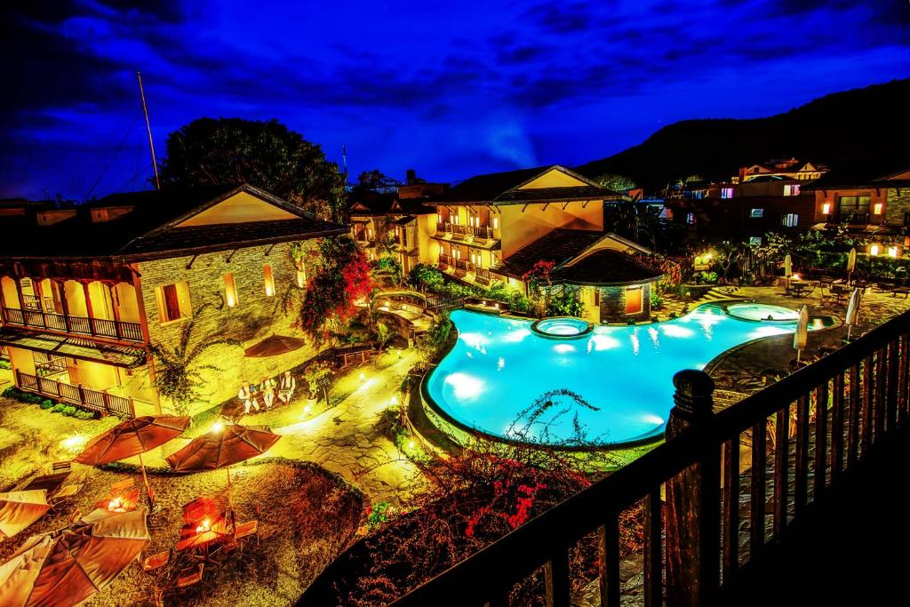 A view of the pool at Temple Tree Resort & Spa or nearby