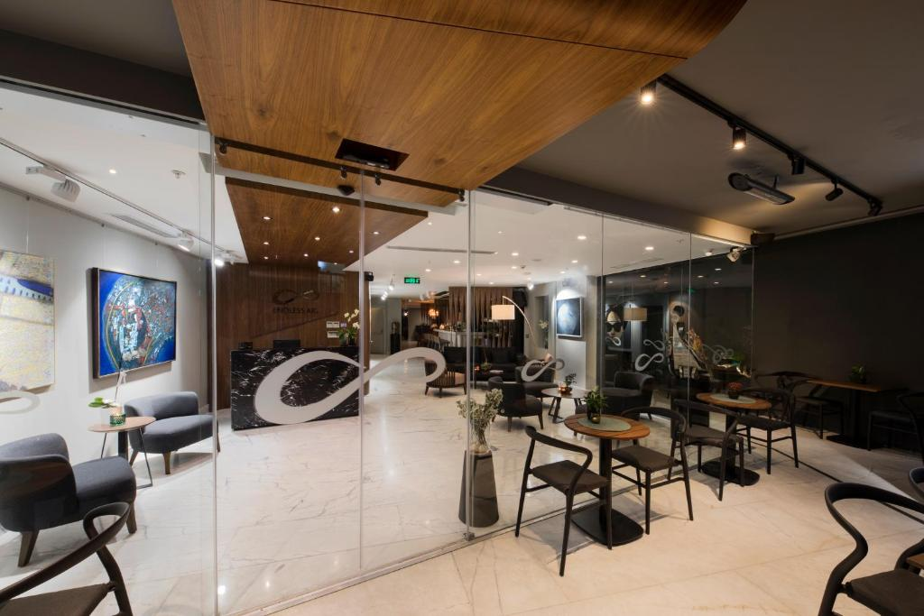 Фитнес-центр и/или тренажеры в Endless Art Hotel-Special Category