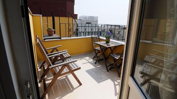 A balcony or terrace at Ahmet Efendi Evi