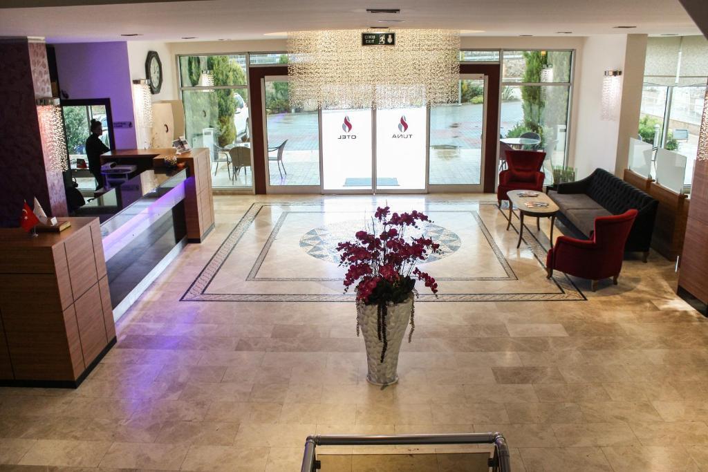 The lobby or reception area at Tuna Hotel
