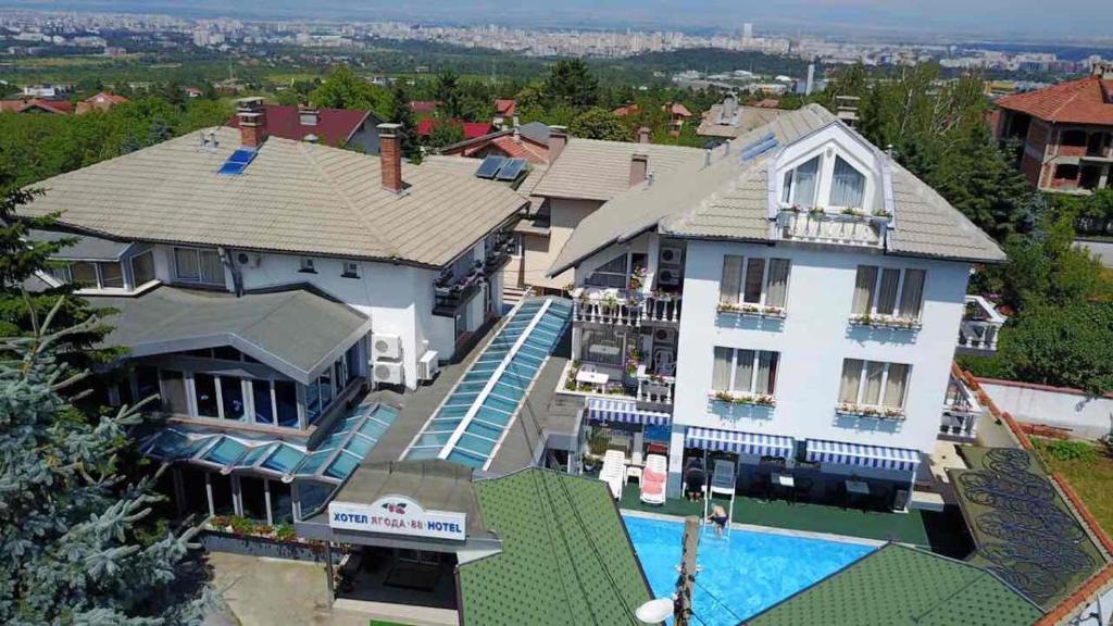 Гледка от птичи поглед на Хотел Ягода 88