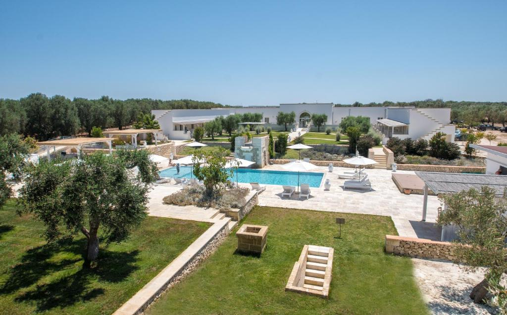 A view of the pool at Masseria Muntibianchi AgriResort or nearby