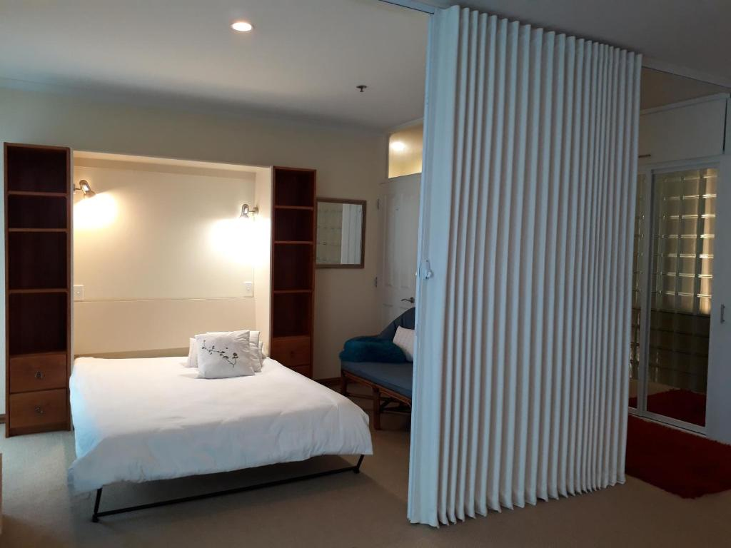 Princes Wharf Luxury Apartment