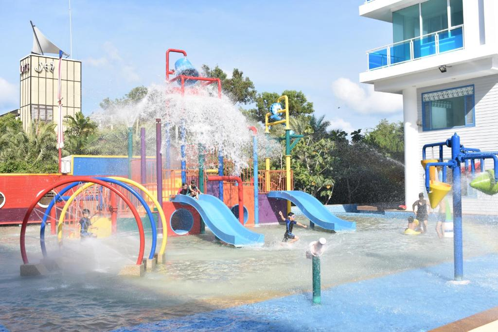 Aqua park at the apartment or nearby