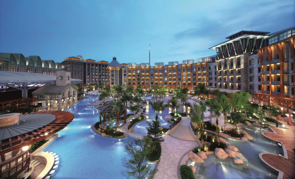 A view of the pool at Resorts World Sentosa - Hard Rock Hotel or nearby