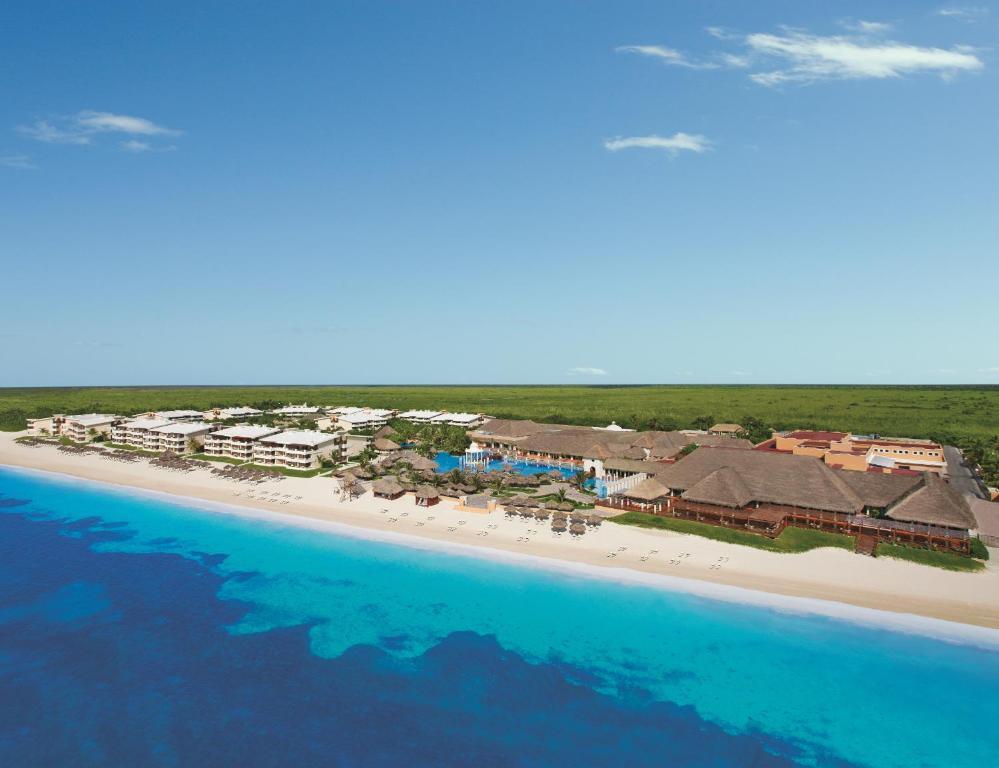 Een luchtfoto van Now Sapphire Riviera Cancun - All Inclusive