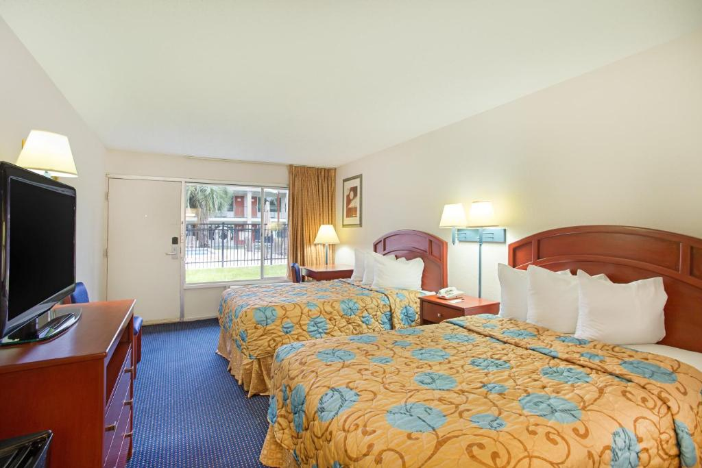 Hotel Days Talahase Government, Tallahassee, FL - Booking com