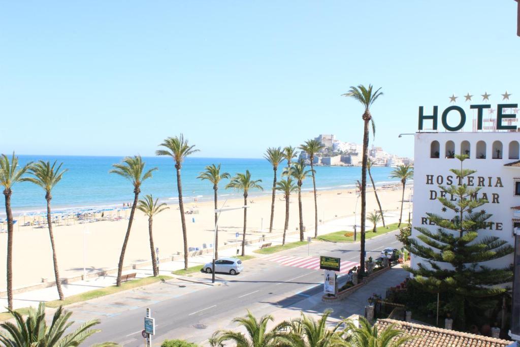 Apartamento En Primera Linea De Playa, Peñíscola – Precios ...