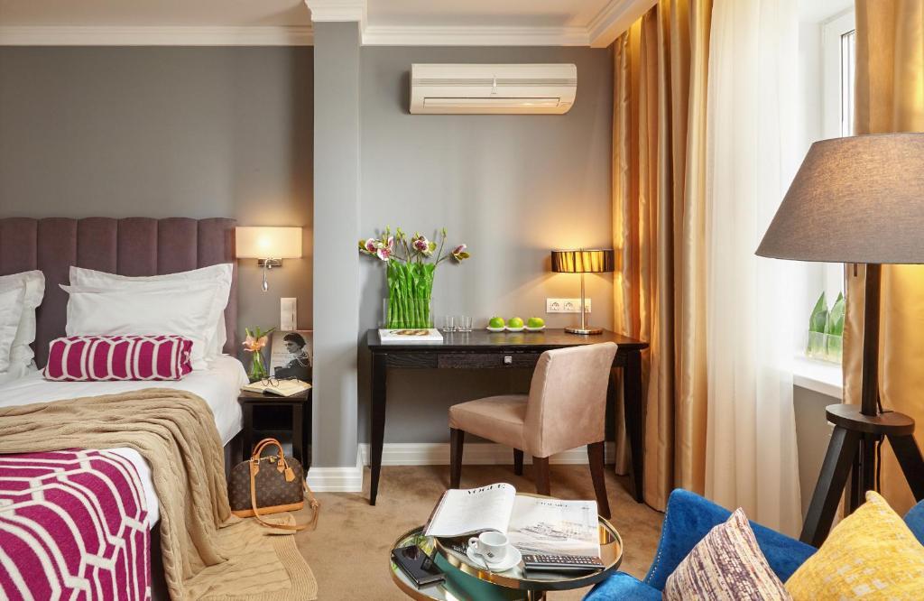 Кровать или кровати в номере Easy Room