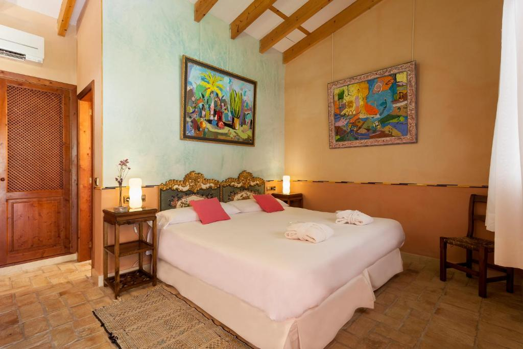 boutique hotels in campos  53