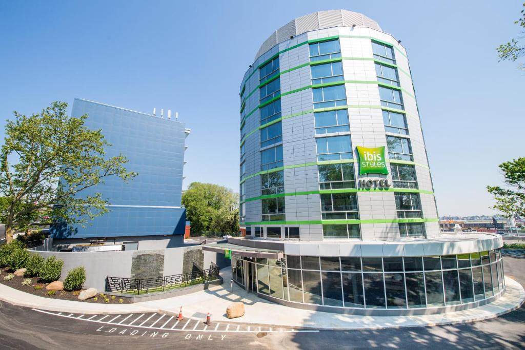 Ibis Styles New York Laguardia Airport Queens Updated
