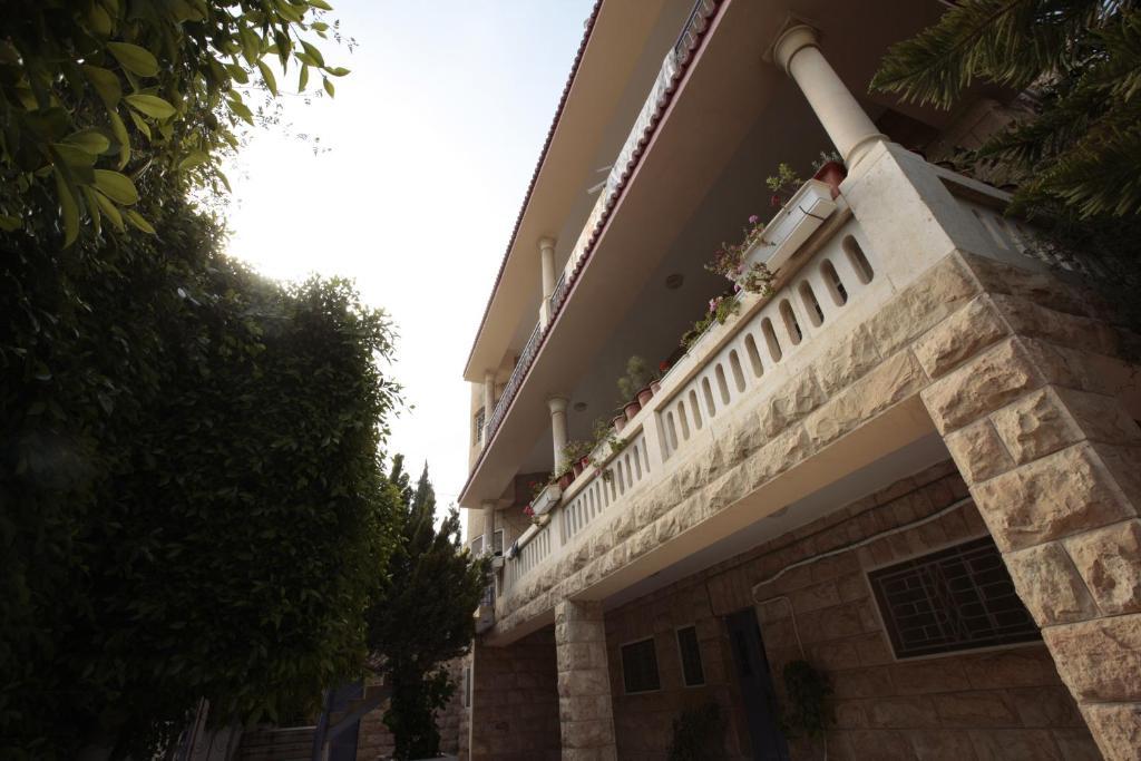 Ēka, kurā atrodas hostelis
