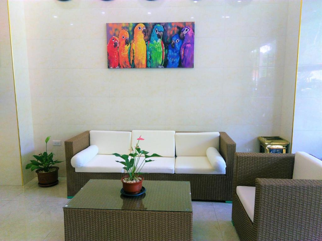 A seating area at One Elnido Suite