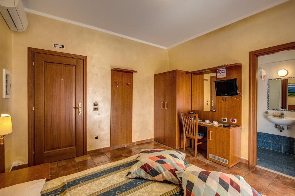 Hotel Maryelen 2