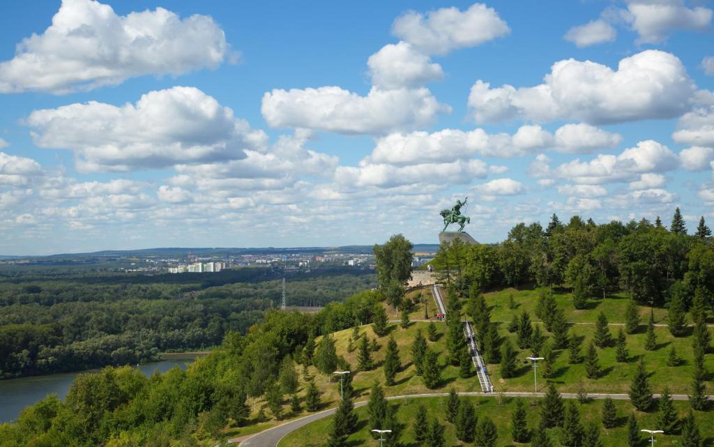 Hilton Garden Inn Ufa Riverside с высоты птичьего полета