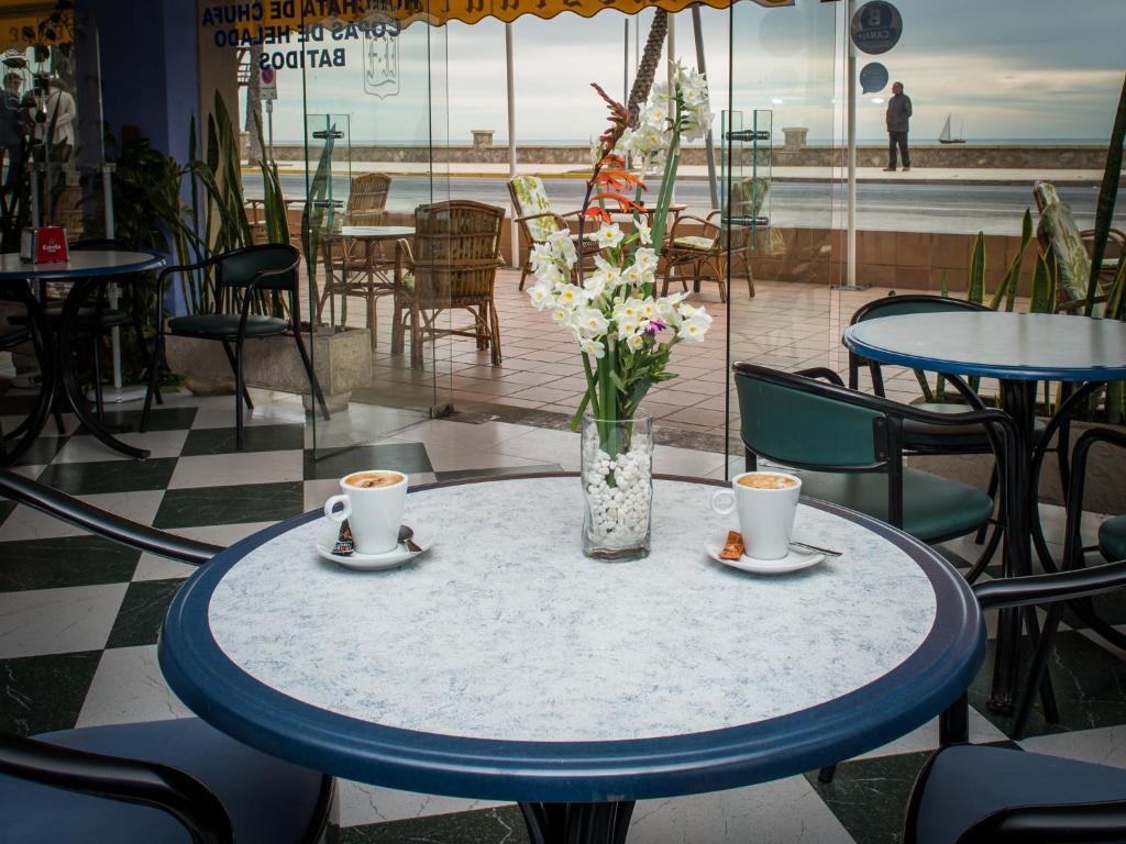 Hotel Felipe II (España Peñíscola) - Booking.com