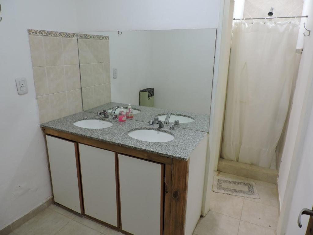 A bathroom at Apart Centro