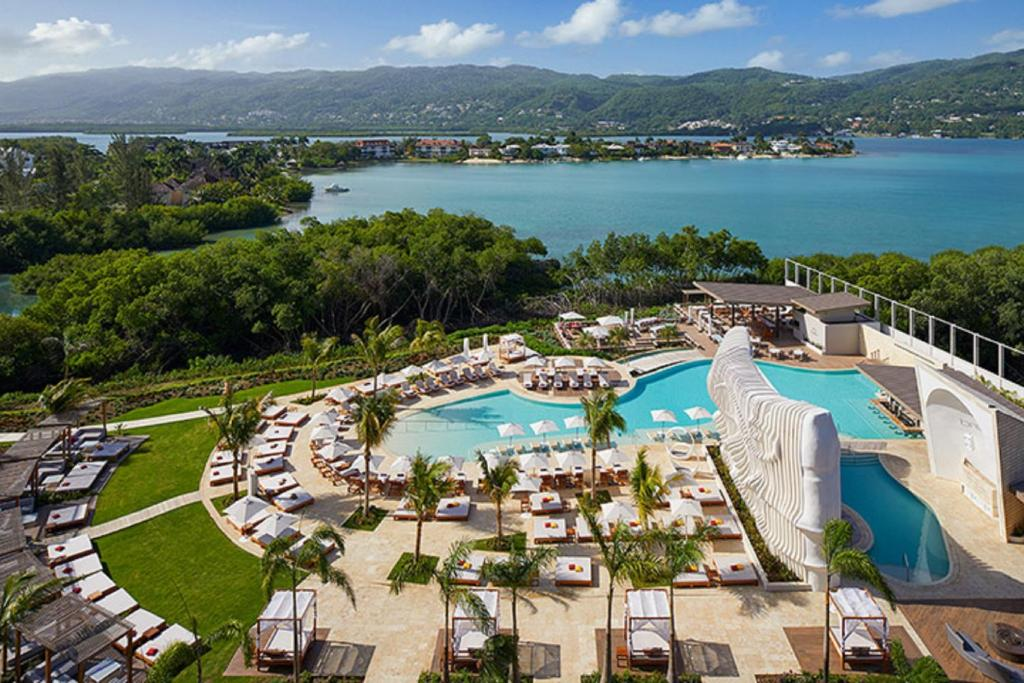 A view of the pool at Breathless Montego Bay or nearby