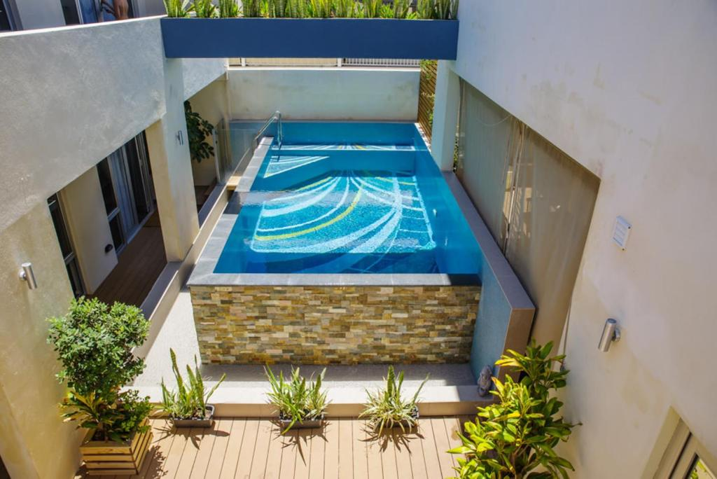 The swimming pool at or near 30 Arundel Accommodation