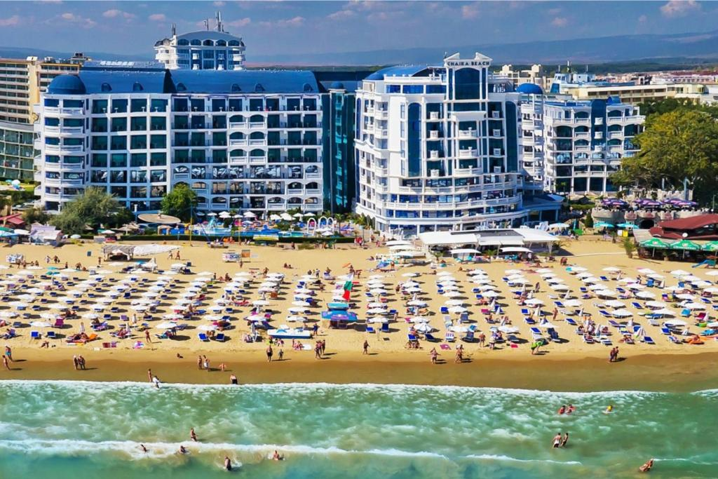 Chaika Beach Resort, Слънчев бряг – Обновени цени 2020