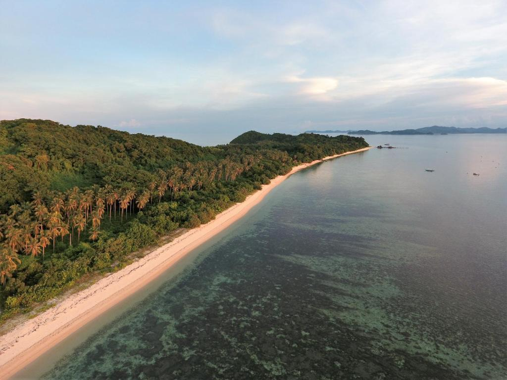 Ginto Island Camping