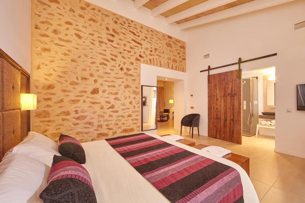 boutique hotels in balearic islands  212
