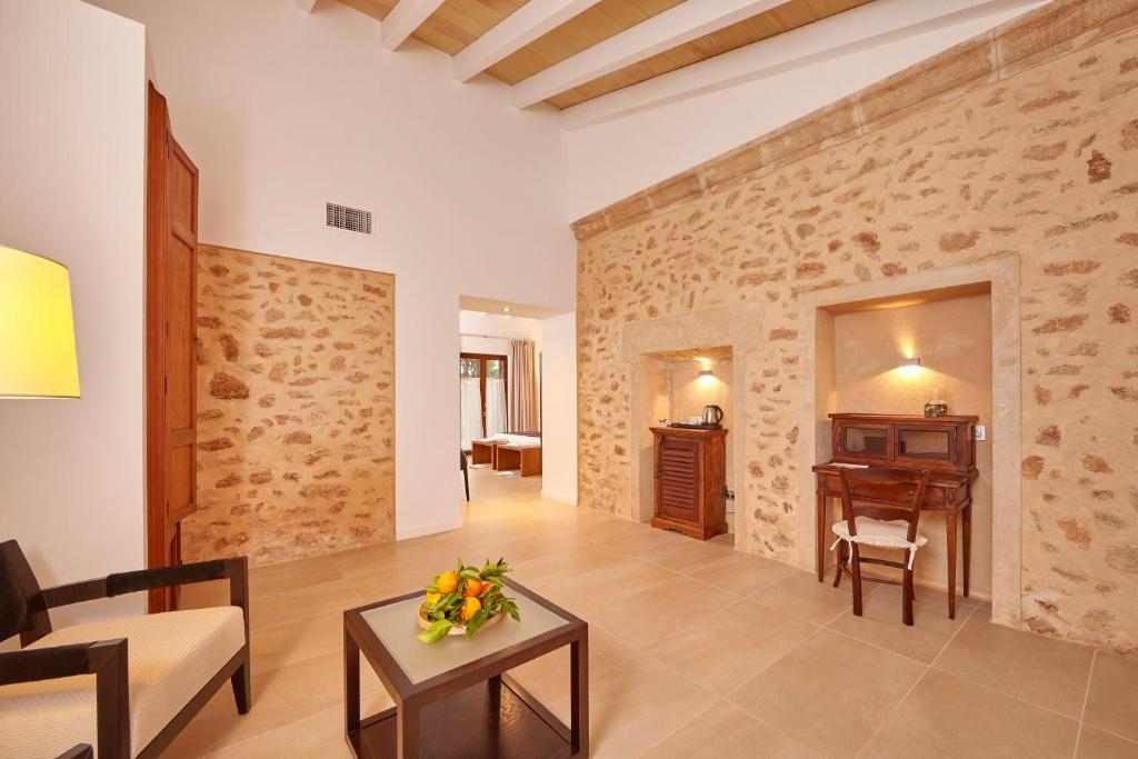 boutique hotels in balearic islands  220
