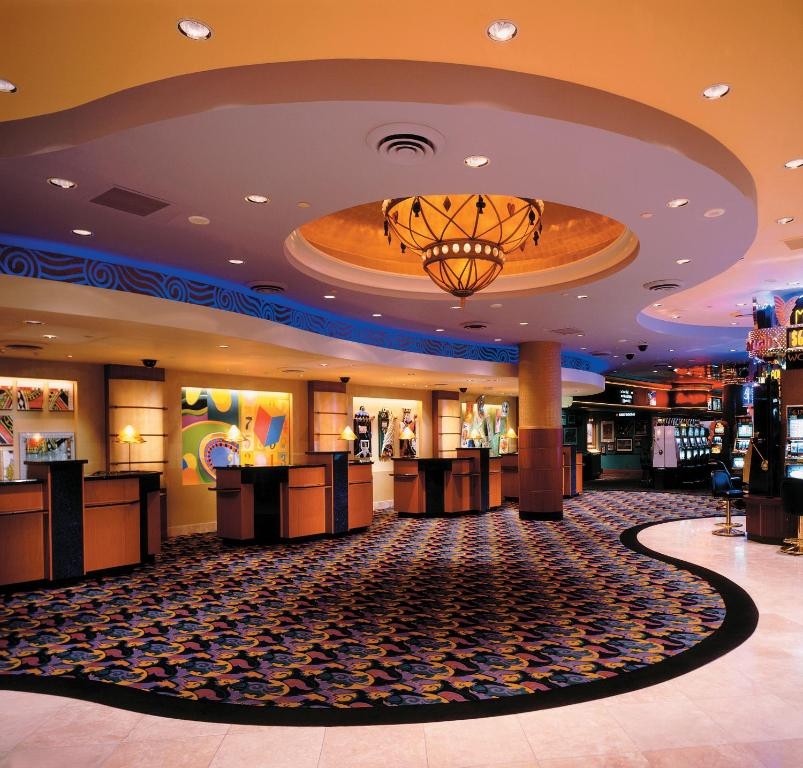 Harrah S Reno Hotel Casino Nv Booking Com