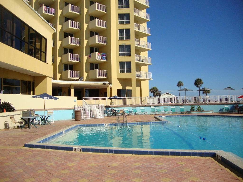 Ocean Breeze Club Hotel Daytona Beach