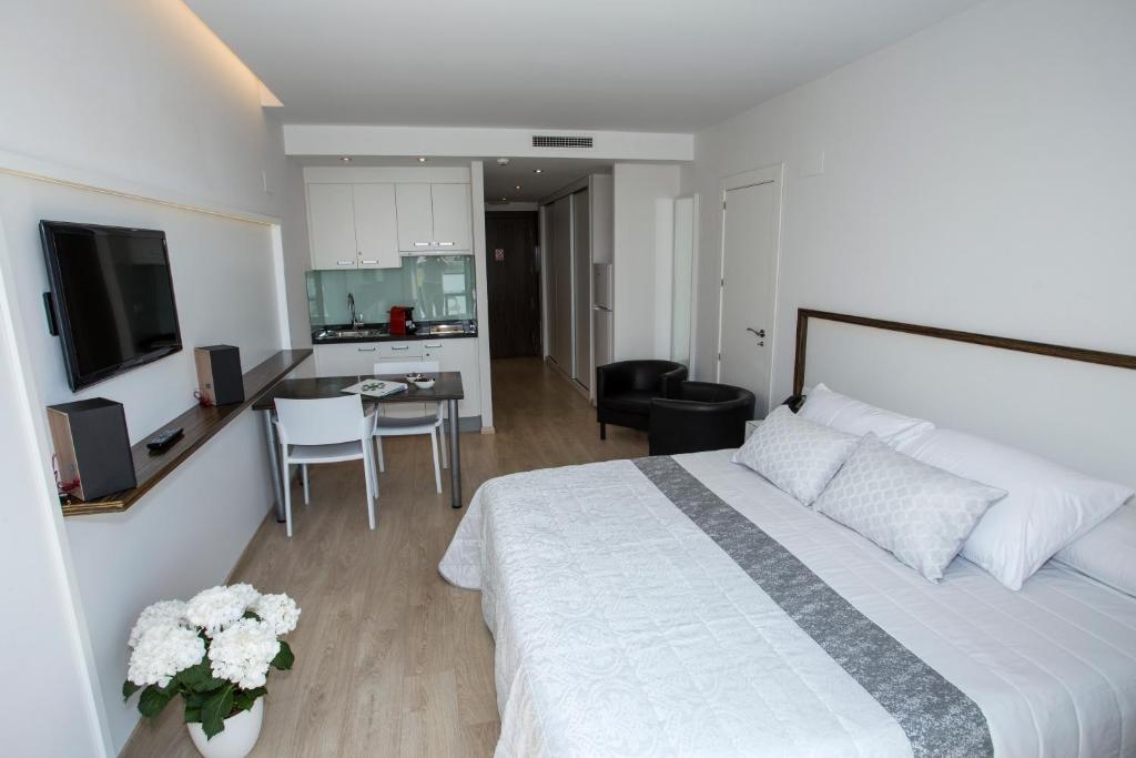 Aparthotel Playa Oliva Spain Booking Com