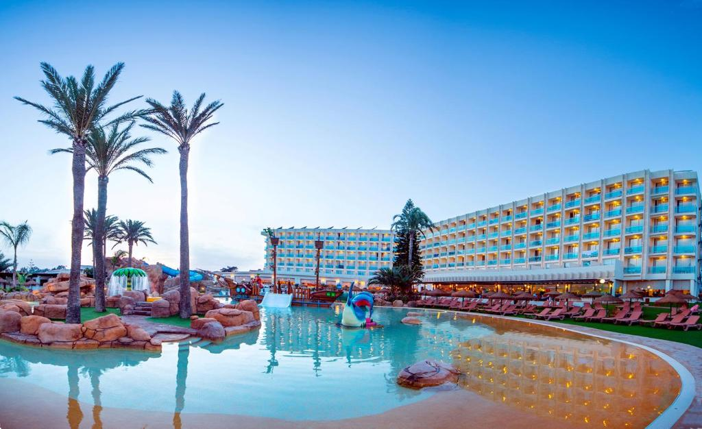 Evenia Zoraida Resort, Roquetas de Mar – Precios ...