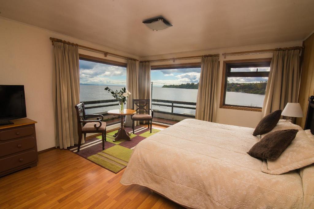 Hotel Terrazas del Lago (Chile Puerto Varas) - Booking.com