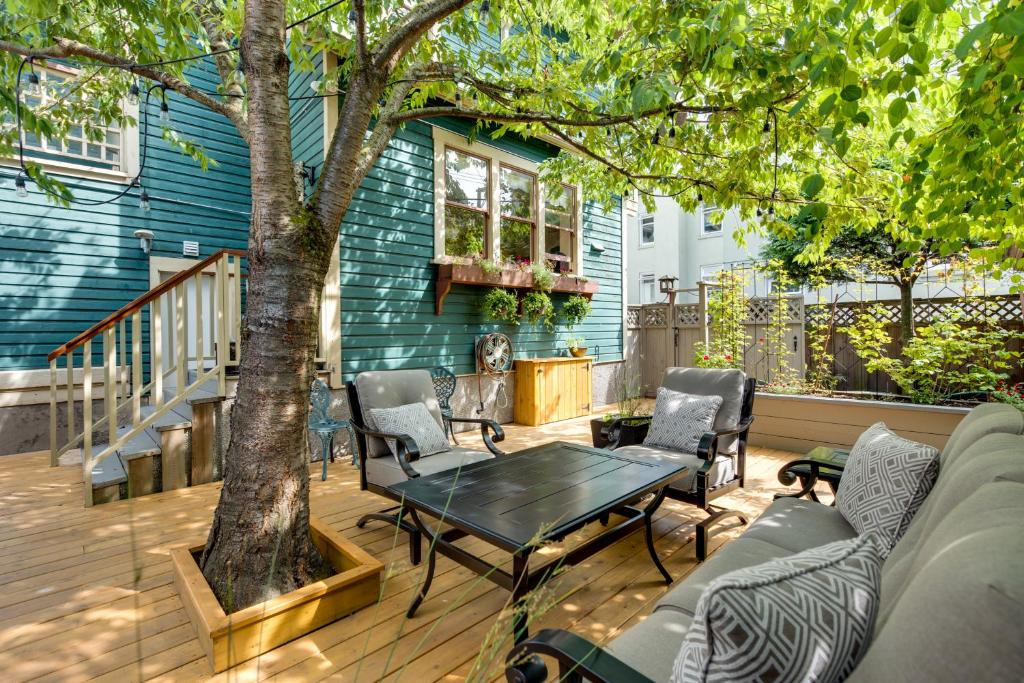 O Canada House Bed Breakfast Vancouver Canada Booking Com