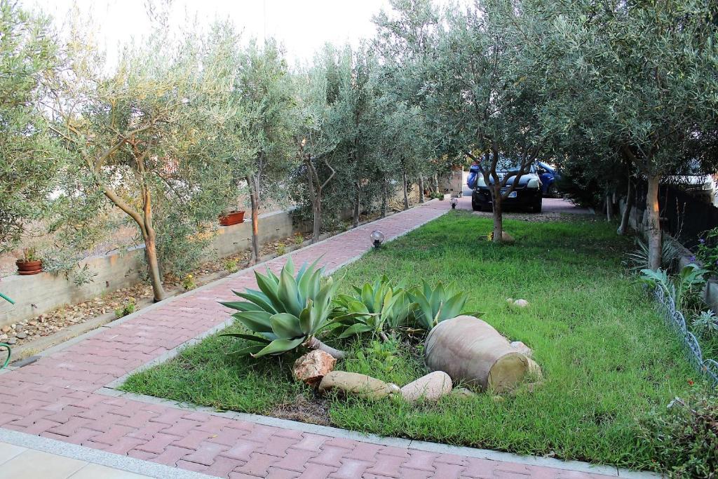 A garden outside Villetta Rachele
