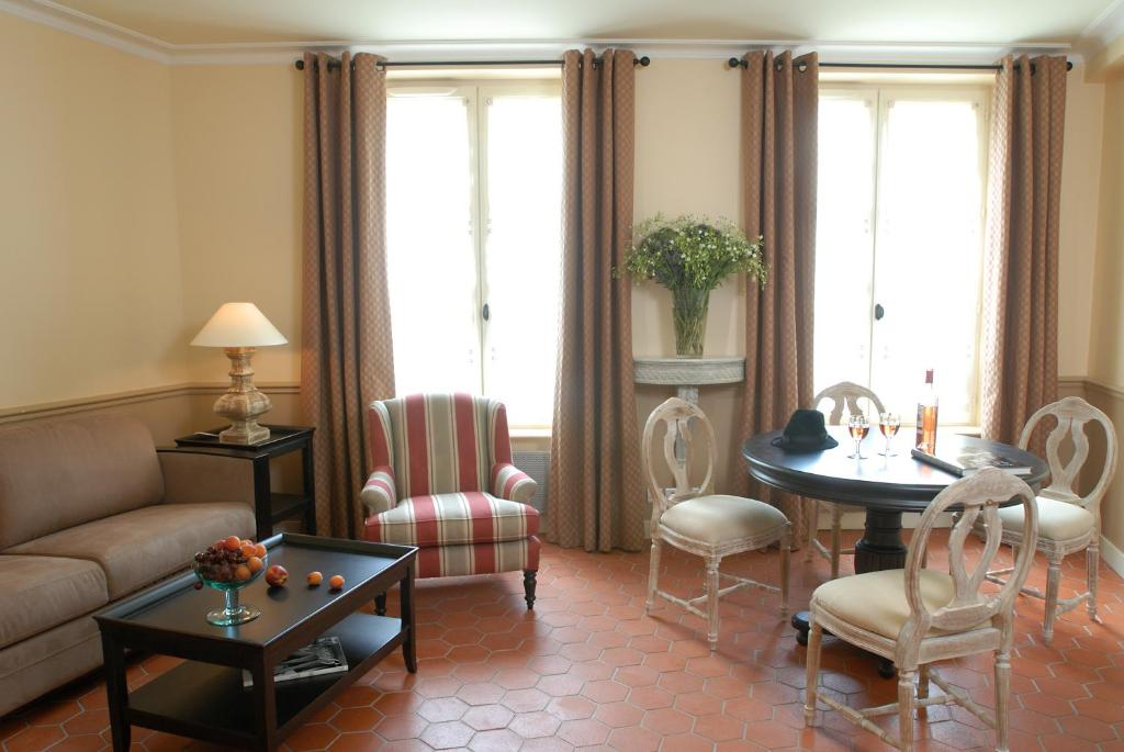 A seating area at La Maison Saint Germain