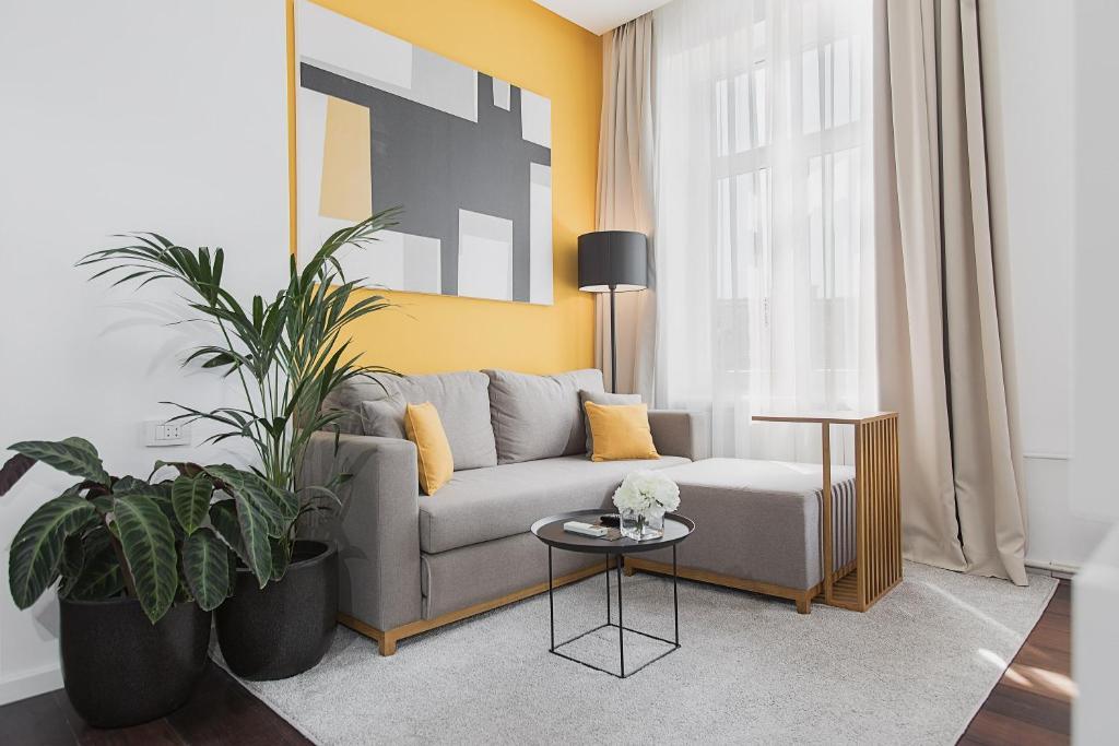 Dominic Luxury Suites