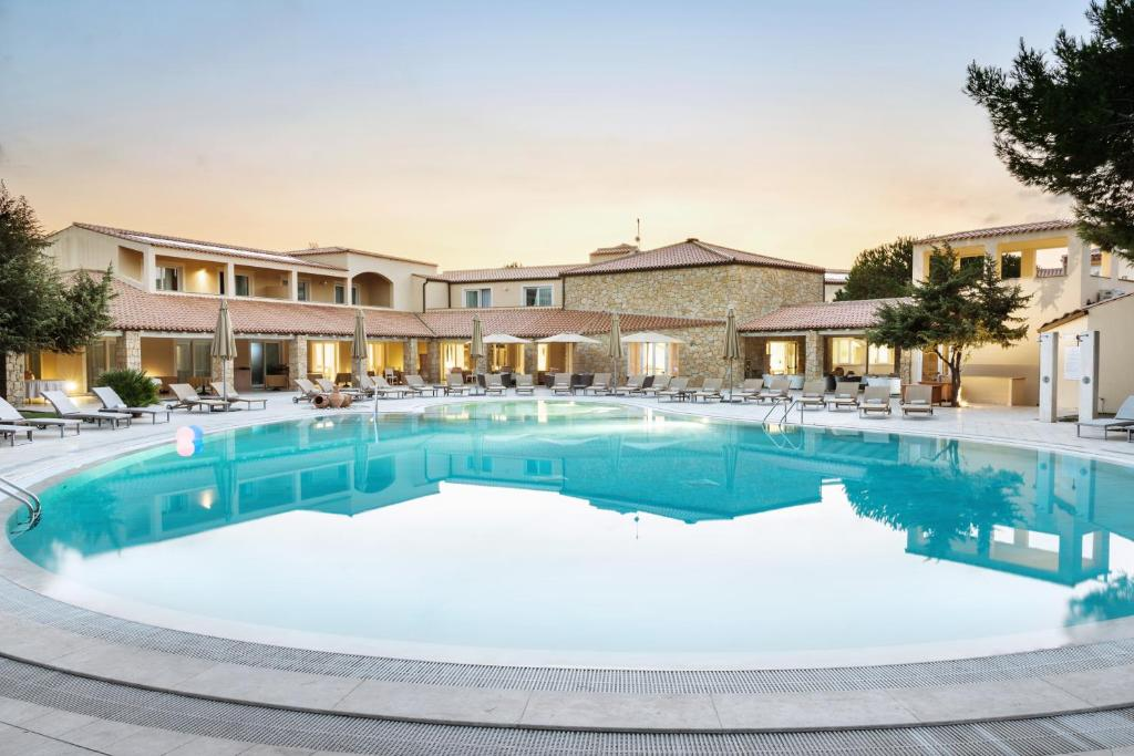 Is Arenas Resort, Narbolia, Italy - Booking.com