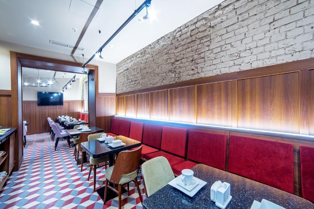 Ресторан / где поесть в V Hotel Sadovaya